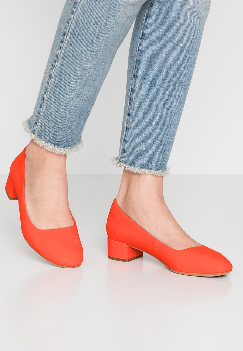 Clarks - ORABELLA ALICE - Classic heels - orange