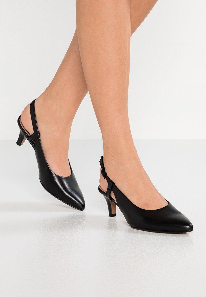 Clarks - LINVALE LOOP - Tacones - black