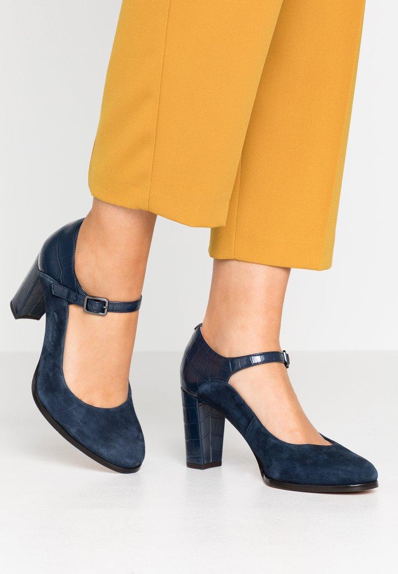 Clarks - KAYLIN ALBA - Classic heels - navy