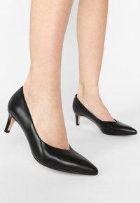 Clarks - LAINA - Classic heels - black - 0