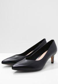 Clarks - LAINA - Classic heels - black - 3