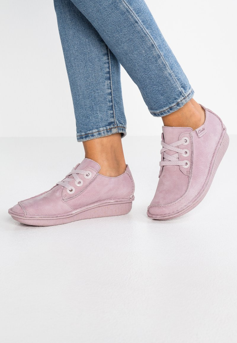 Clarks Unstructured - FUNNY DREAM - Casual lace-ups - dusty pink