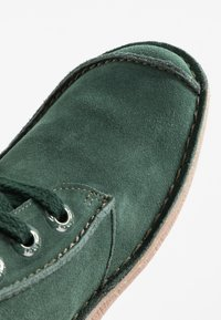 Clarks Unstructured - FUNNY DREAM - Stringate sportive - forest green - 2