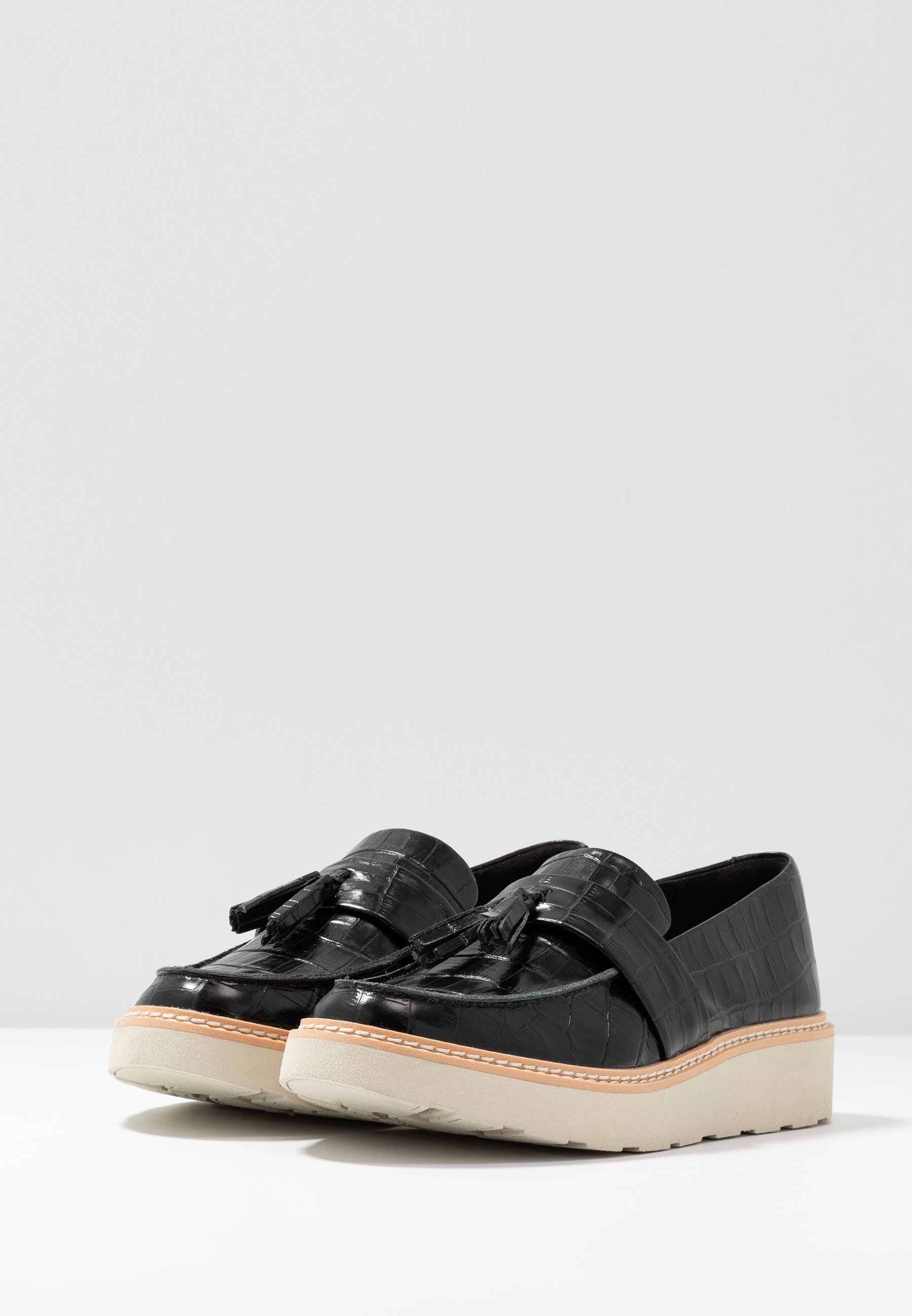 Clarks TRACE TASSEL - Loafers - black