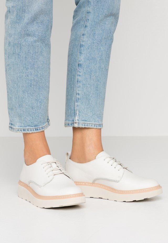 TRACE WALK - Lace-ups - white