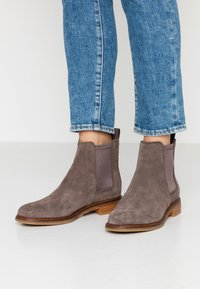 Clarks - ARLO - Ankle Boot - taupe - 0