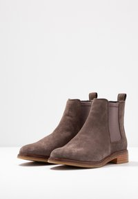 Clarks - ARLO - Ankle Boot - taupe - 4