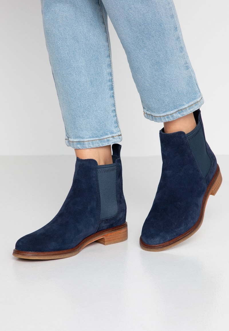 Clarks - ARLO - Ankle Boot - navy