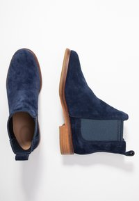 Clarks - ARLO - Ankle Boot - navy - 3