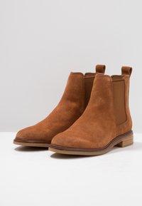Clarks - ARLO - Ankle Boot - dark tan - 4