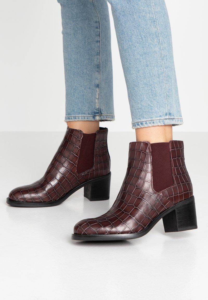 Clarks - MASCARPONE BAY - Ankle boots - burgundy