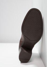 Clarks - MASCARPONE BAY - Ankle boots - tan - 4