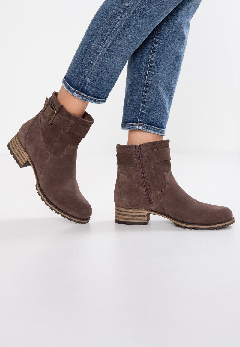 Clarks - MARANA AMBER - Classic ankle boots - taupe