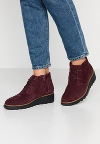 Clarks - SHARON HOP - Ankle Boot - burgundy - 0