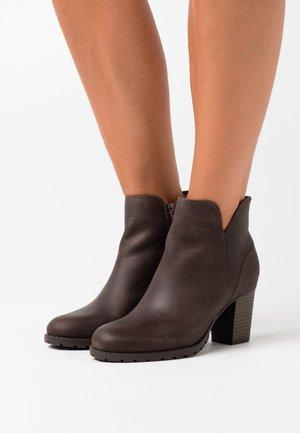 VERONA TRISH - Boots à talons - taupe
