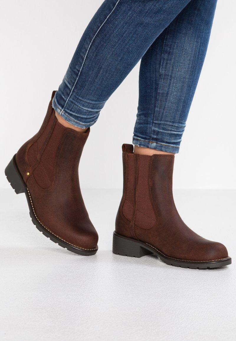 Clarks - ORINOCO HOT - Korte laarzen - braun