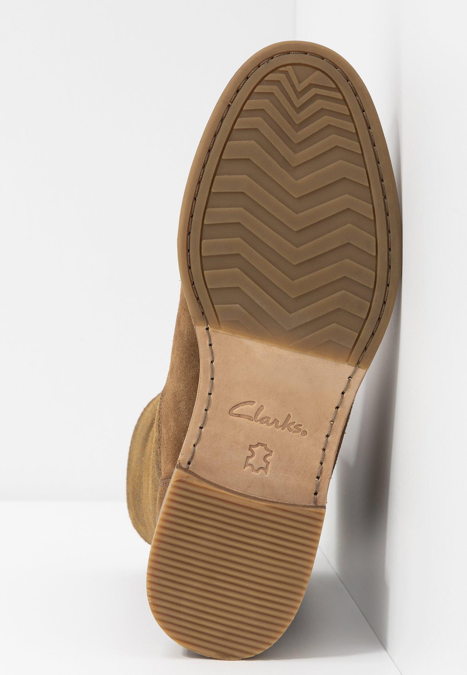 Clarks CLARKDALEAXHOT - Støvletter - dark tan