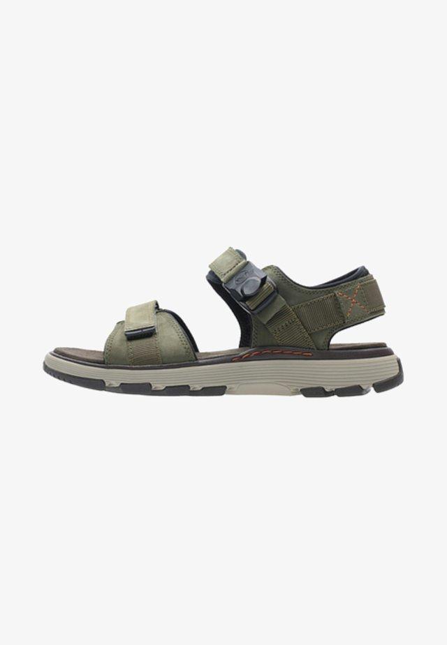 UN TREK PART - Chodecké sandály - Dark Olive