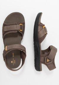 Clarks - STEP BEAT SUN - Chodecké sandály - brown - 1
