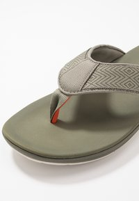 Clarks - STEP BEAT DUNE - T-bar sandals - dusty olive - 5
