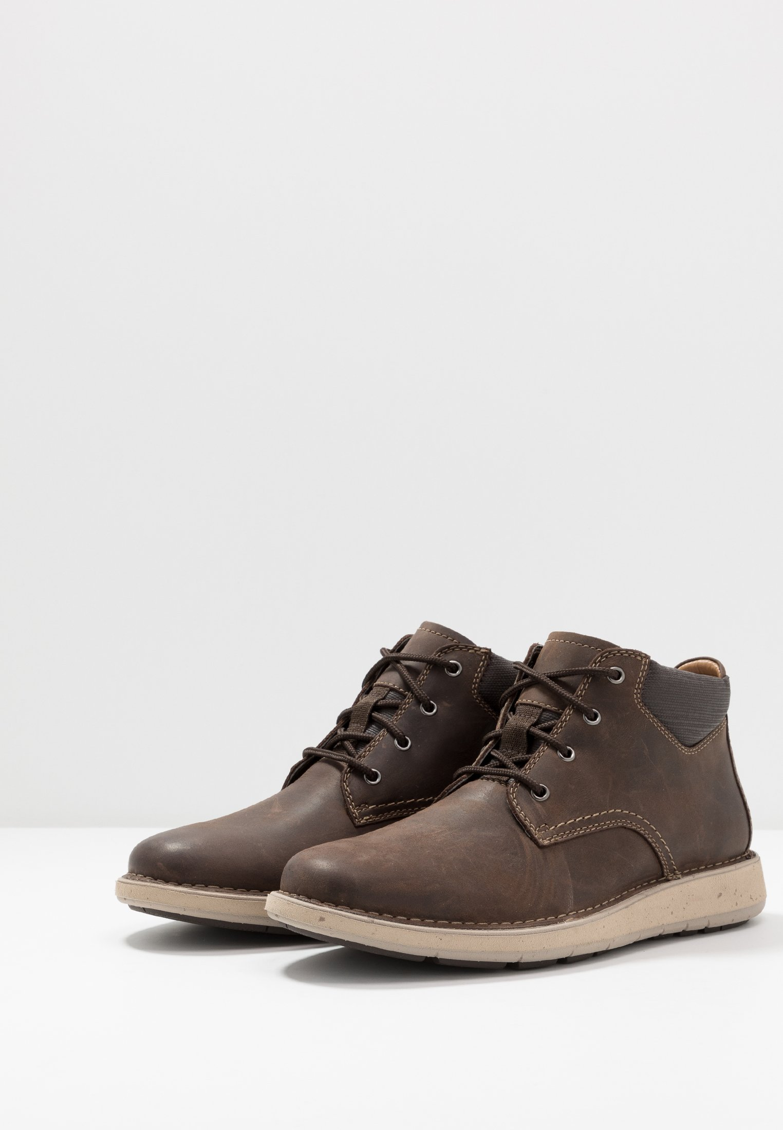 lacets Clarks brown à LARVIK TOPBottines NXn08wkOP