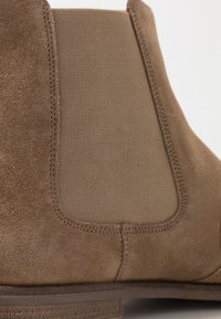 Clarks - STANFORD TOP - Classic ankle boots - dark sand - 5