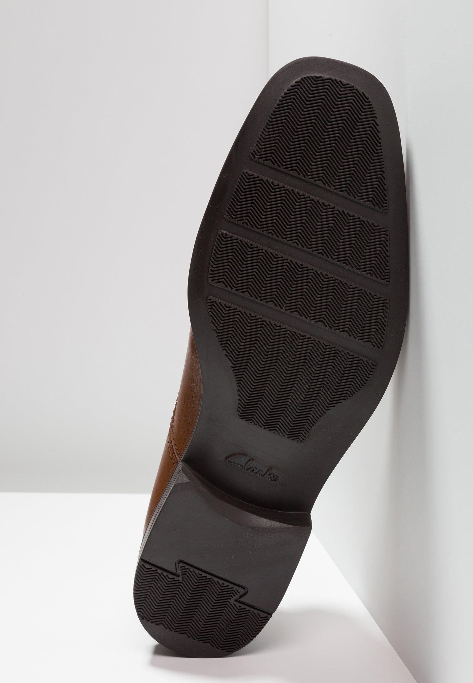 Clarks TILDEN WALK - Business sko - dark tan