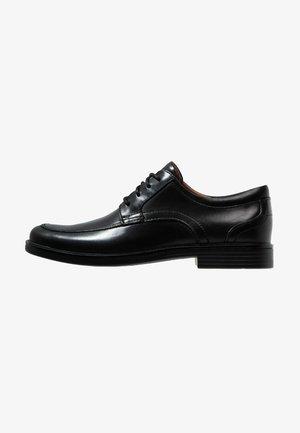 UN ALDRIC PARK - Smart lace-ups - black