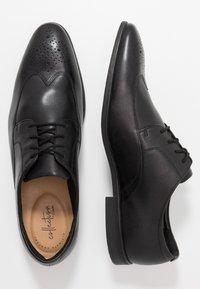 Clarks - Stringate eleganti - black - 1