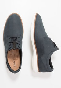 Clarks - BANWELL LACE - Casual lace-ups - navy - 1