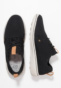 Clarks - STEP URBAN - Zapatillas - black - 1