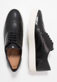 Clarks - HERO LIMIT - Casual lace-ups - black - 1