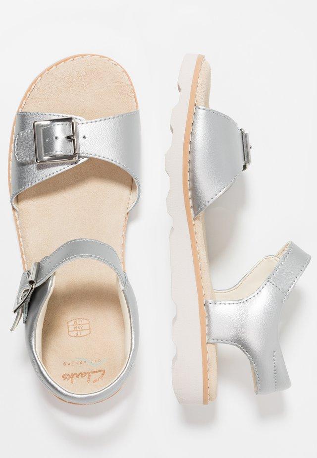 CROWN BLOOM - Sandals - silver