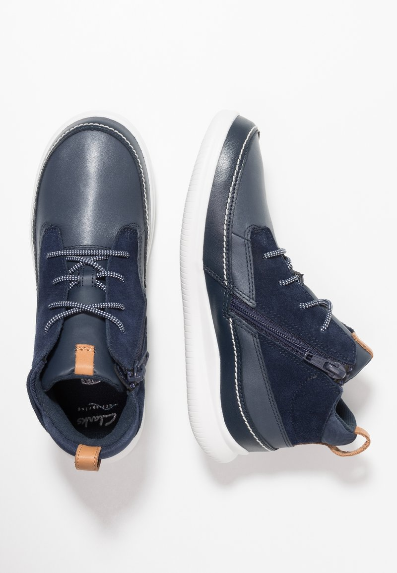 Clarks - CLOUD AIR - High-top trainers - navy