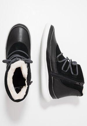 CLOUD ALPINE - Classic ankle boots - black
