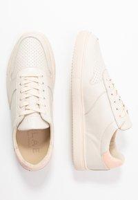 Clae - ALLEN - Trainers - pink/terry - 3