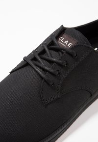 Clae - ELLINGTON - Sneakersy niskie - black - 5