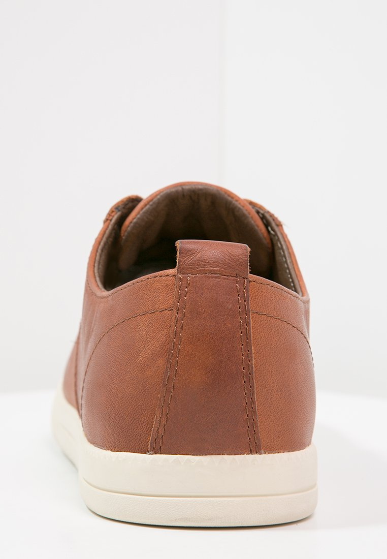Clae ELLINGTON - Sneakersy niskie - chestnut