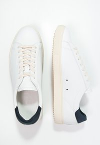 Clae - BRADLEY - Matalavartiset tennarit - white - 1