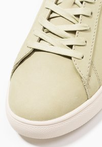 Clae - BRADLEY - Trainers - aloe green - 5