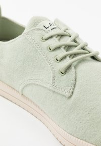 Clae - ELLINGTON - Trainers - neo mint - 5