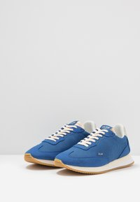 Clae - RUNYON VEGAN - Trainers - true blue - 2