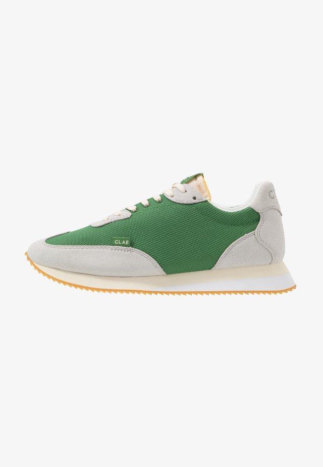 RUNYON VEGAN - Sneakersy niskie - microgrey/olive