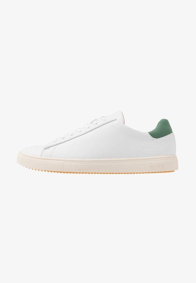 BRADLEY VEGAN - Sneakersy niskie - white/olive