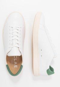 Clae - BRADLEY VEGAN - Zapatillas - white/olive - 1