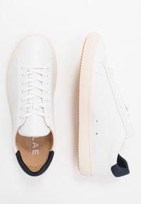 Clae - BRADLEY VEGAN - Trainers - white/navy - 1