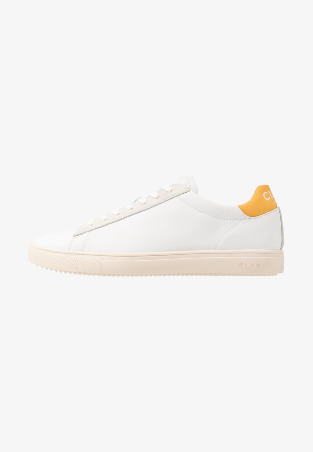 BRADLEY - Sneakers - white/golden glow
