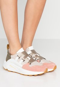 CLOSED - SPICY - Sneakers laag - soft pink - 0
