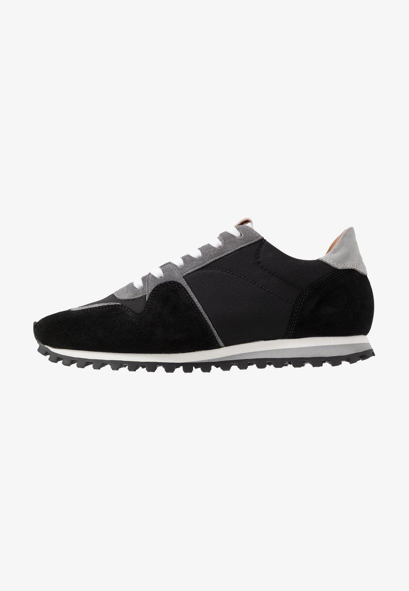 CLOSED - Sneakersy niskie - black