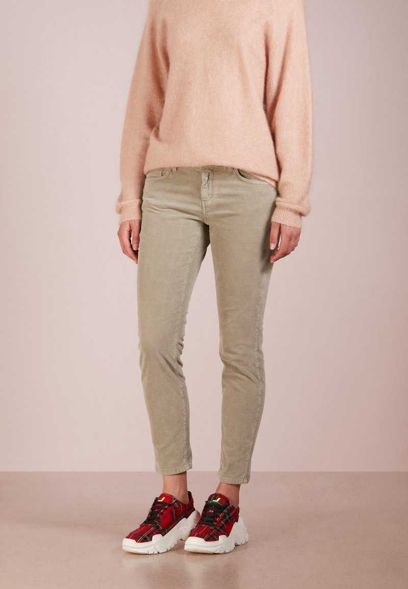 CLOSED - BAKER - Trousers - khaki